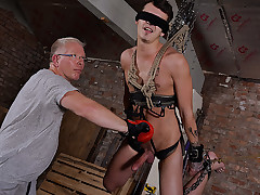 Strung up Man Takes A Hammering - Charley Cole